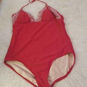 Ladies Isaac Mizrahi Red One Piece Swimsuit SizeXL